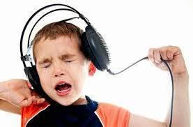 Kulaklık zararlı mıKulaklarımızı nasıl koruyalım