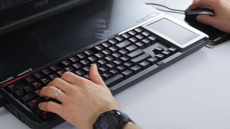 kendilerine-ozgu-tasarimlari-ile-on-plana-cikan-sahane-laptoplar1