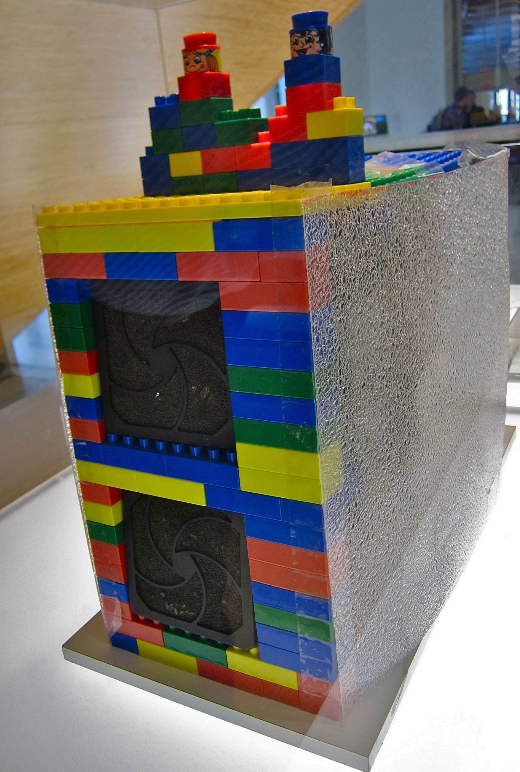 İlk Google sunucusu Lego idi