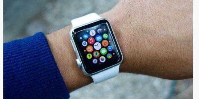 Apple Watch'ta saatin ve dijital başlığın yönü nasıl değiştirilir 1