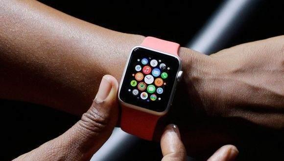 Apple Watch'ta arkadaş nasıl eklenir