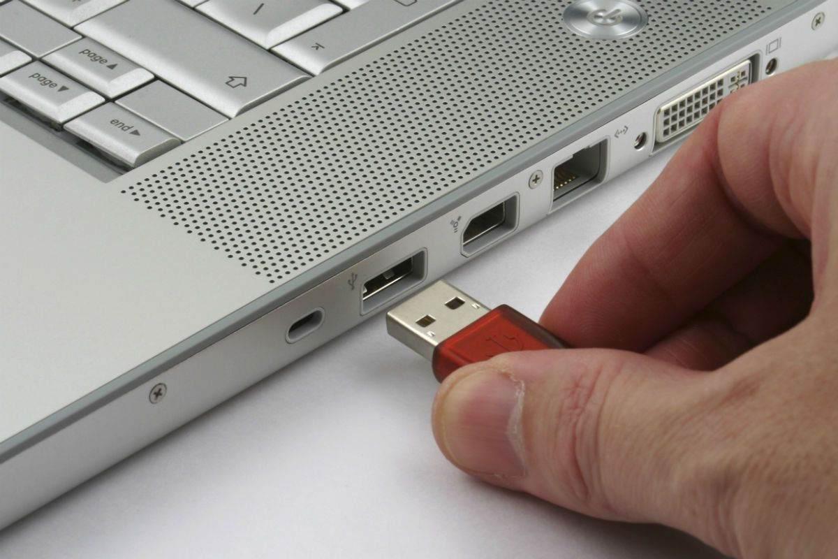 USB Bellek İçi Boş Görünüyor Çözümü