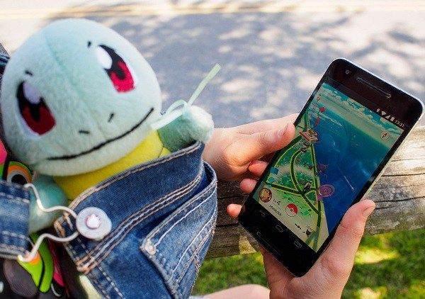 Pokemon GO Chat Uygulaması