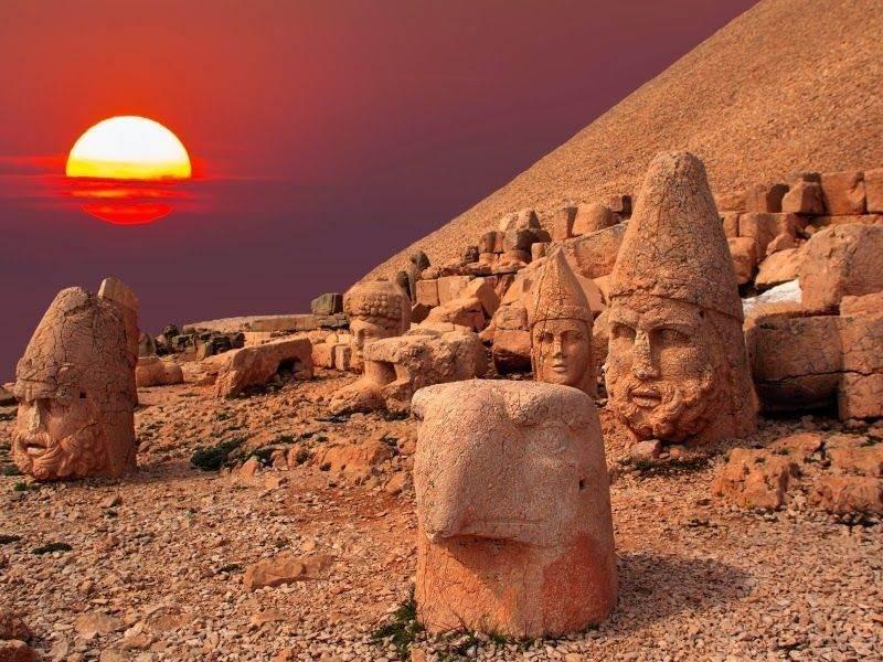 Nemrut Dağı (Adıyaman – Kahta)