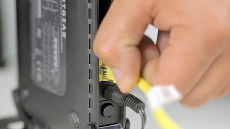 Evdeki Kablosuz İnternetimizi Nasıl Güvende Tutarız ?