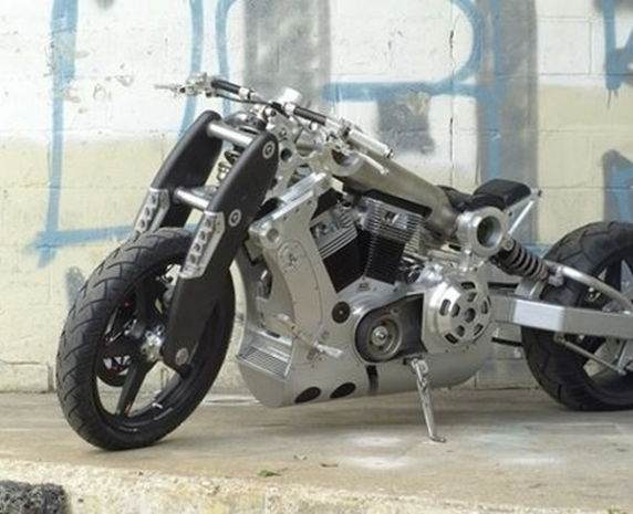 Fiyatı Dudak Uçuklatan 10 Motosiklet 2