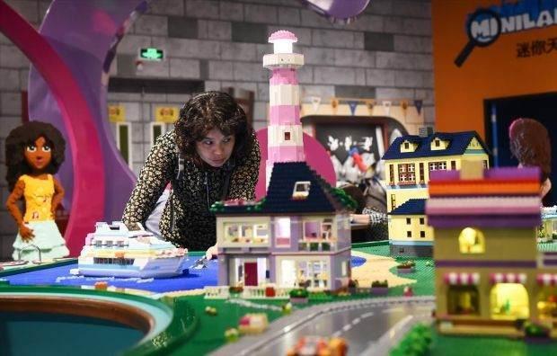Legolarla Yapılmış Muhteşem Eserler 4