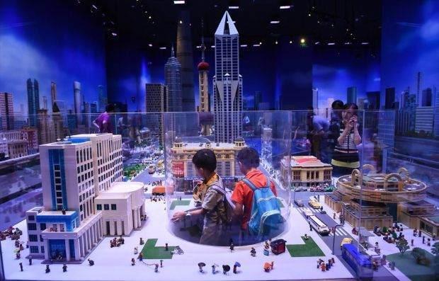 Legolarla Yapılmış Muhteşem Eserler 6