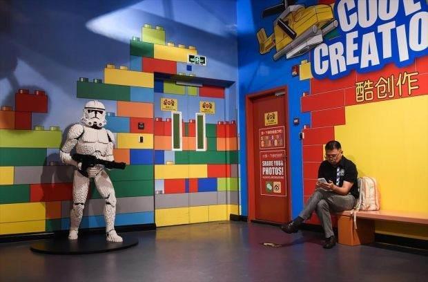 Legolarla Yapılmış Muhteşem Eserler 7