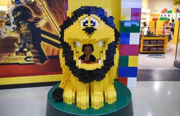 Legolarla Yapılmış Muhteşem Eserler 8