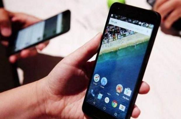 Fabrikasından Virüslü Çıkan Android Telefonlar 14