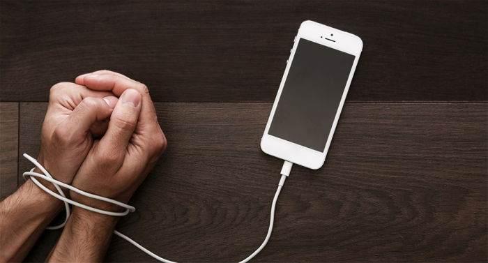 Teknoloji Sayesinde Hayatımıza Giren 8 Tuhaf e-Hastalık
