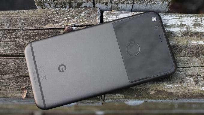 Tek Elle Kullanılabilen 6 Kompakt Telefon