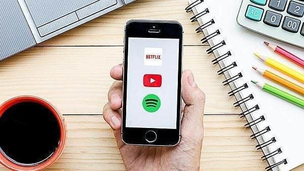 Cep Telefonundan Müzik Dinlemek Video İzlemek Kaç MB Harcar?