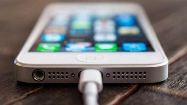 iPhone'u Hızlı Şarj Etmenin 4 Yolu