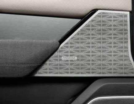 Land Rover Range Rover Velar (2018)17