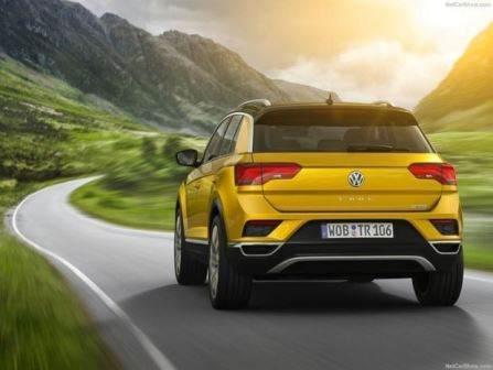 Volkswagen T-Roc (2018)14