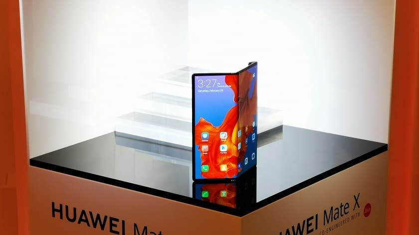 Katlanabilir Telefonlar - Huawei Mate X