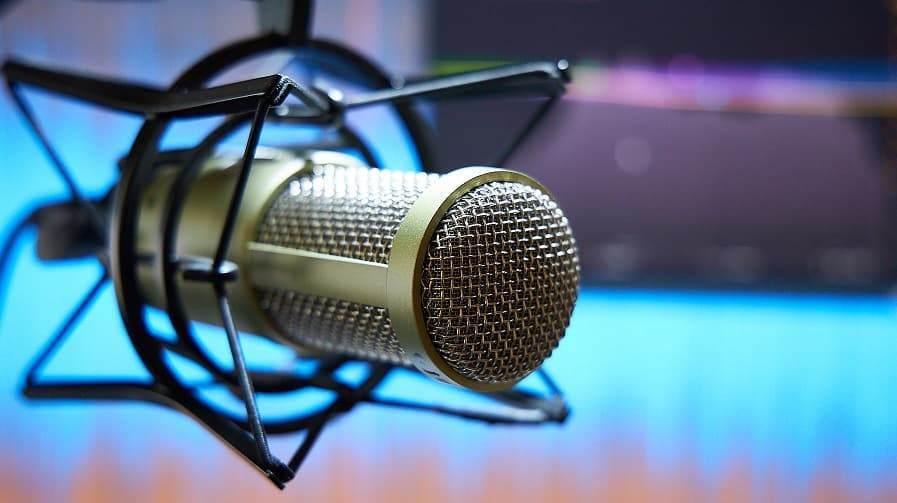 podcats nedir, podcast hesabı açma, podcast uygulaması, telefondan podcast yapma