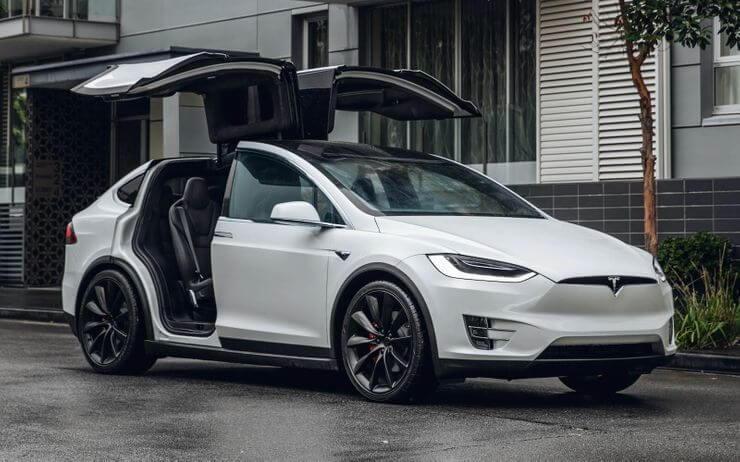 Şık tasarımlı en iyi Elektrikli Otomobiller